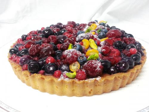 Baked Mixed Berry Flan